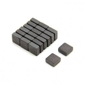 10 x 10 x 5mm thick Isotropic Y30 Ferrite Magnet - 0.08kg Pull (Pack of 200)
