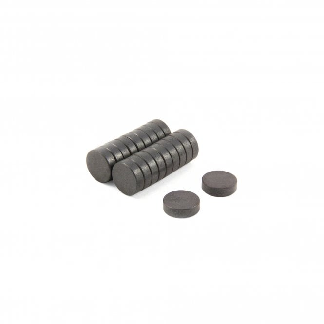 17.2mm dia x 5mm thick Y10 Ferrite Magnets - 0.34kg Pull